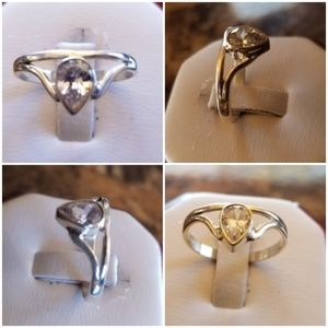 Jewelry - Genuine 1ct White Sapphire Solitaire Ring Size 8
